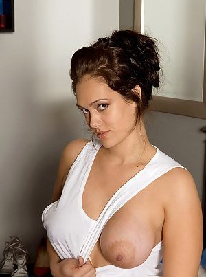 Undressing Pics